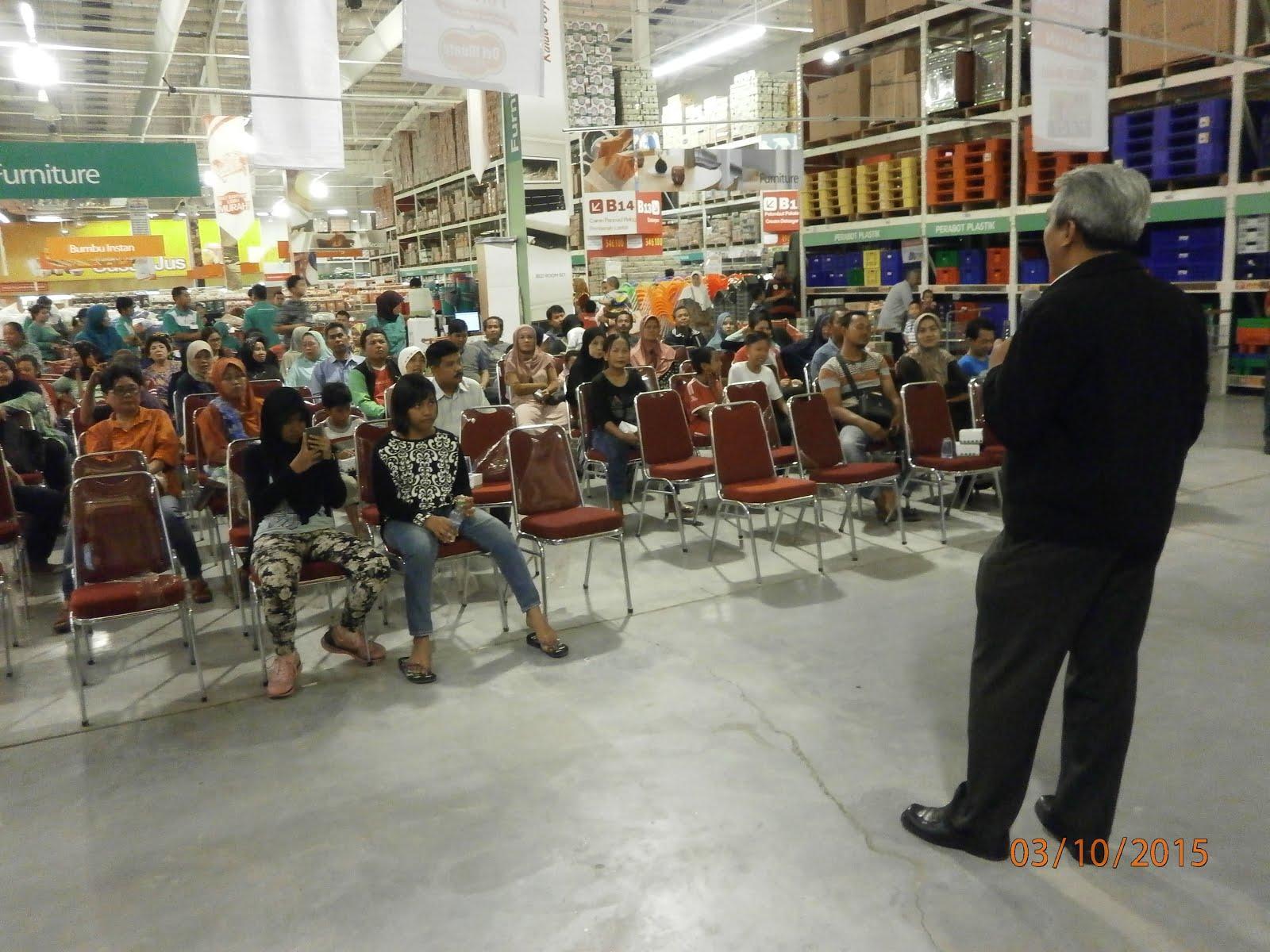 Memotivasi Pebisnis Retailer UMKM di LotteMart Serang - Banten