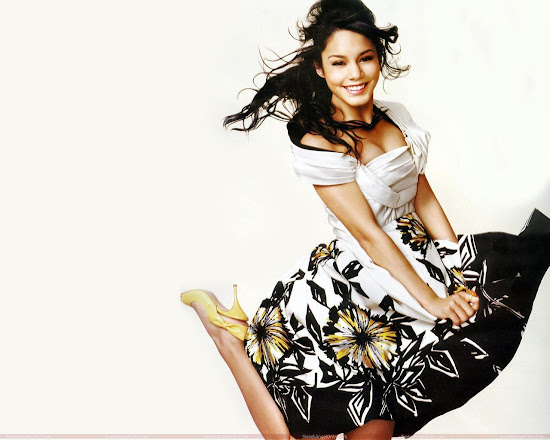 vanessa_anne_hudgens_dancing_wallpapers_Fun_Hungama