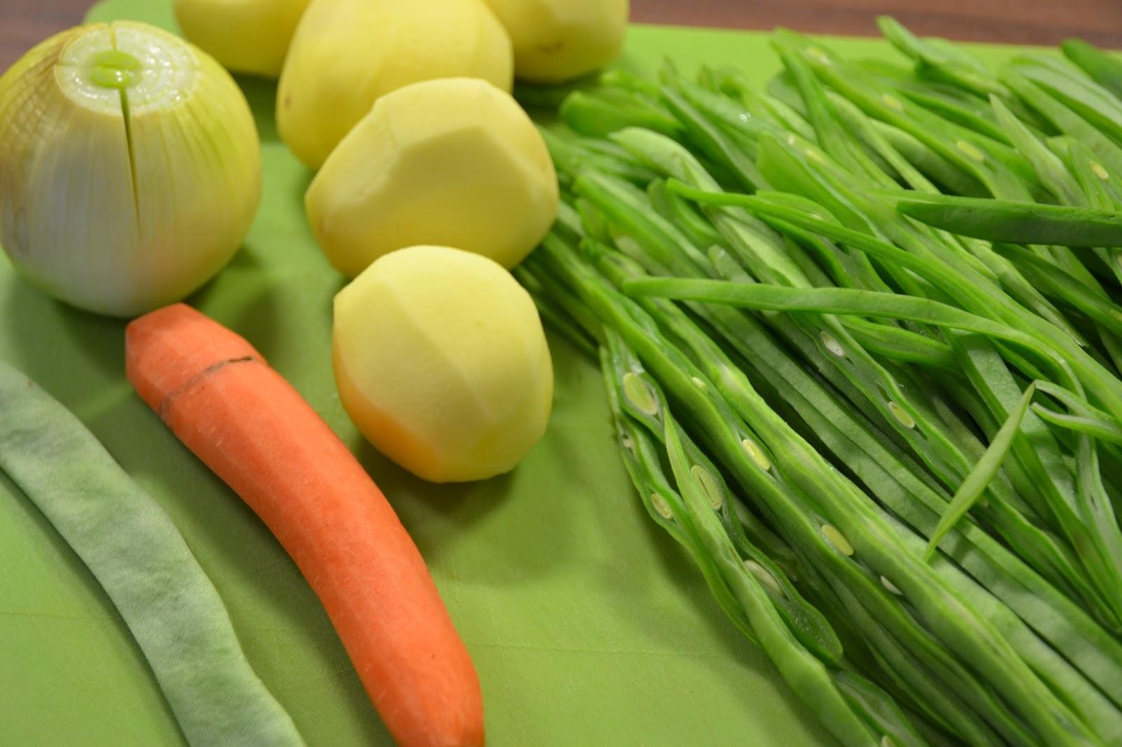 Judias verdes con patatas paloma de la rica - Como preparar las judias verdes ...