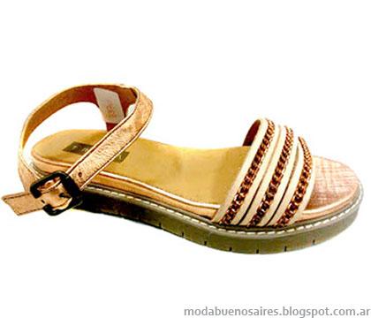 Traza calzado femenino primavera verano 2015.