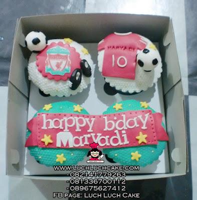 Cupcake Liverpool 2D Fondant