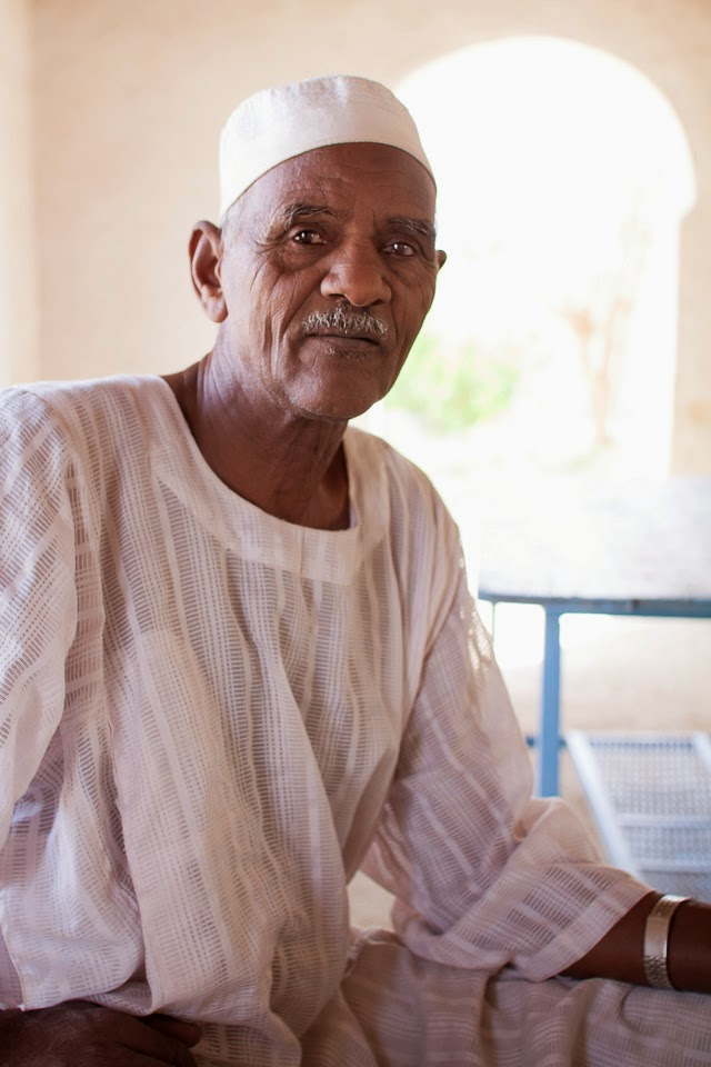 a családfő, Mohamed Hámid bácsi