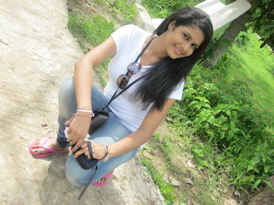 bio sri lanka most beautiful girl maheshi madushanka maheshi