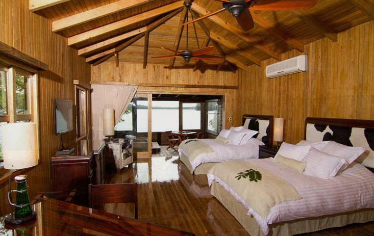 Waterfront_suite_las_lagunas_hotel_boutique