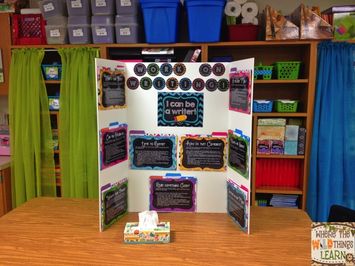 work on writing center with my interactive writing tri fold from my tpt store also i use the curtains for teacher area so students know not to go in - Tri Fold Display Board Design Ideas