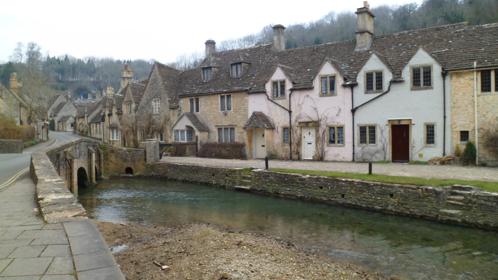 castle combe bridge - THE MOST BEAUTIFUL ENGLISH VILLAGES PICTURES STUNNING ENGLISH COUNTRY TOWNS IMAGES