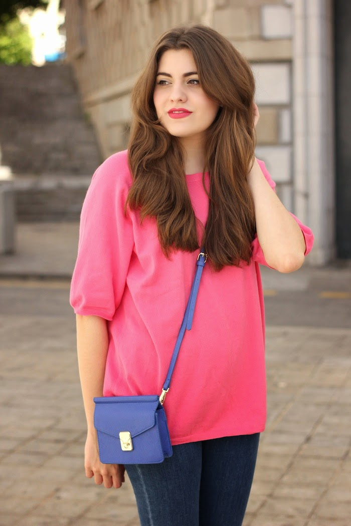 jersey_rosa_bolso_azul_zara_ss14_primavera_verano_2014_minibolso_bag_blue_pink_sweater_jeans_look_outfit_angicupcakes01