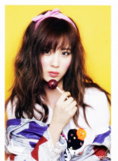 SNSD Seohyun I Got A Boy Photobook 08