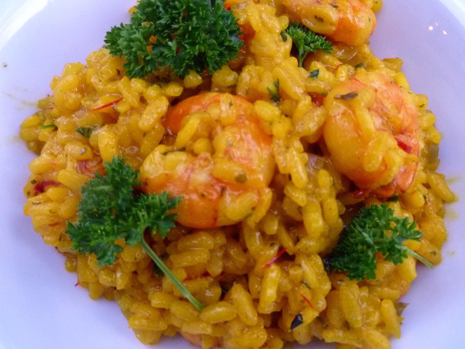 Shrimp Risotto With Saffron and Peas