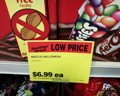 5 Tricks to Save on Halloween Candy