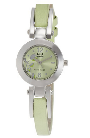 Q & Q Analog Green Dial Women's Watch for Rs 499