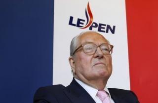 Negação do Holocausto leva a julgamento Jean Marie Le Pen