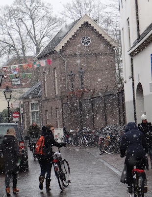 Snowing in Utrecht