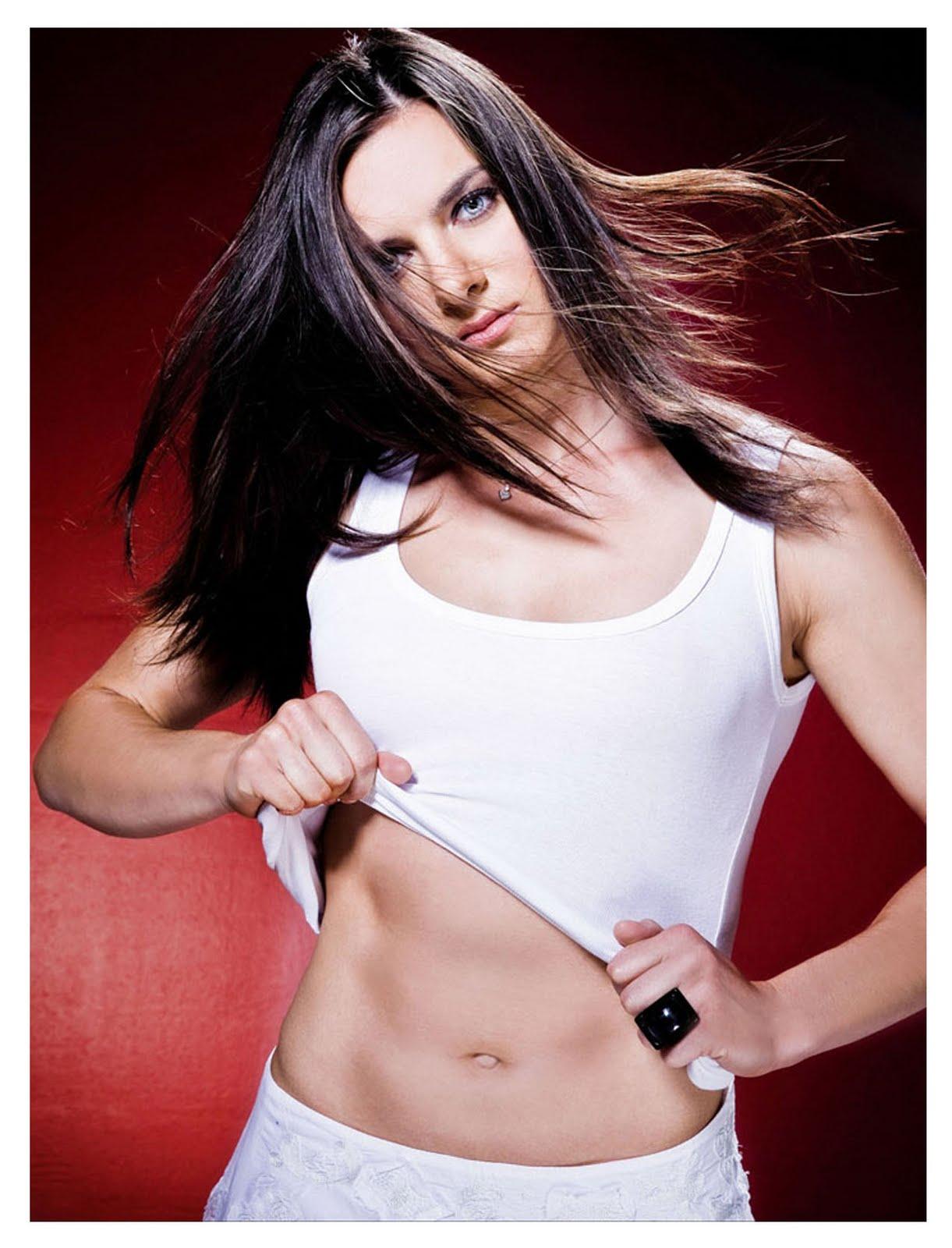 http://3.bp.blogspot.com/-dVRORfvb2bI/UBf1eQ6FOvI/AAAAAAAAAsc/_l4gQv87tX8/s1600/yelena_isinbayeva.jpg