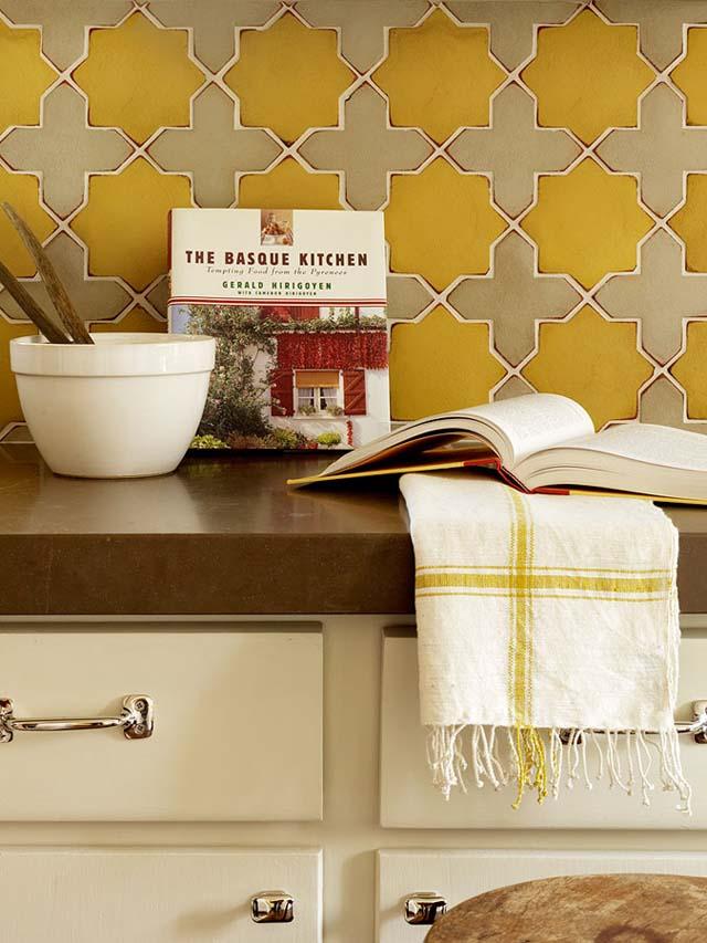 detalle de azulejos cocina amarillos