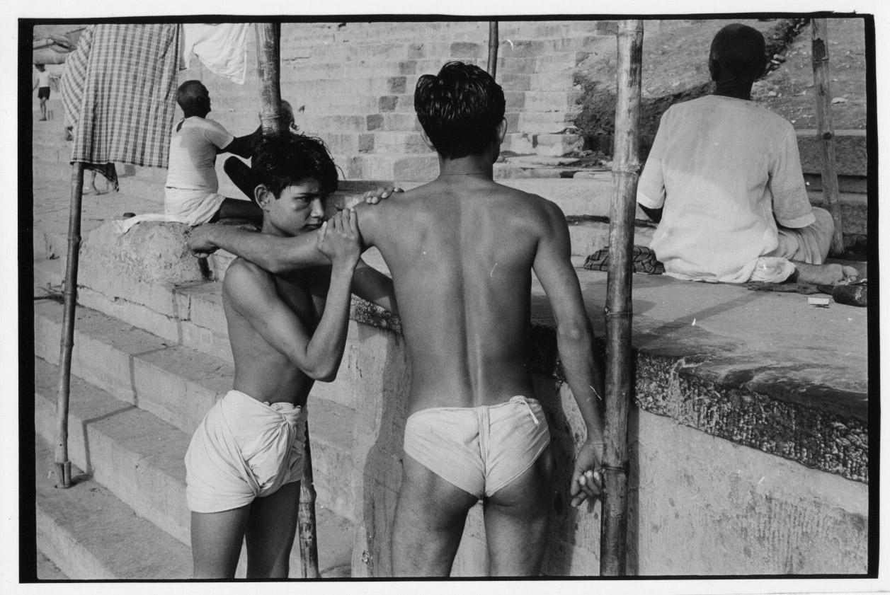 Ретро Nudist Обнаженные Boy Фотографии