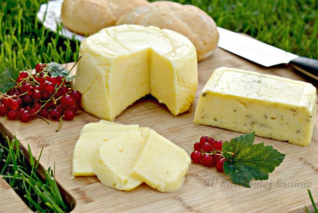 Domowy ser żółty z twarogu
