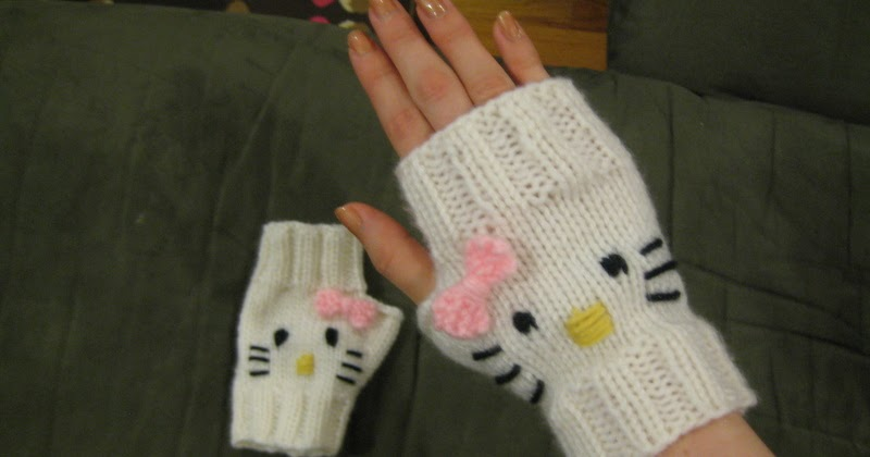 Hello Kitty Mittens Knitting Pattern : The Spicy Knitter: FO: Hello Kitty Mitts