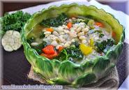 Zupa z białej fasoli i kapusty z jarmużem