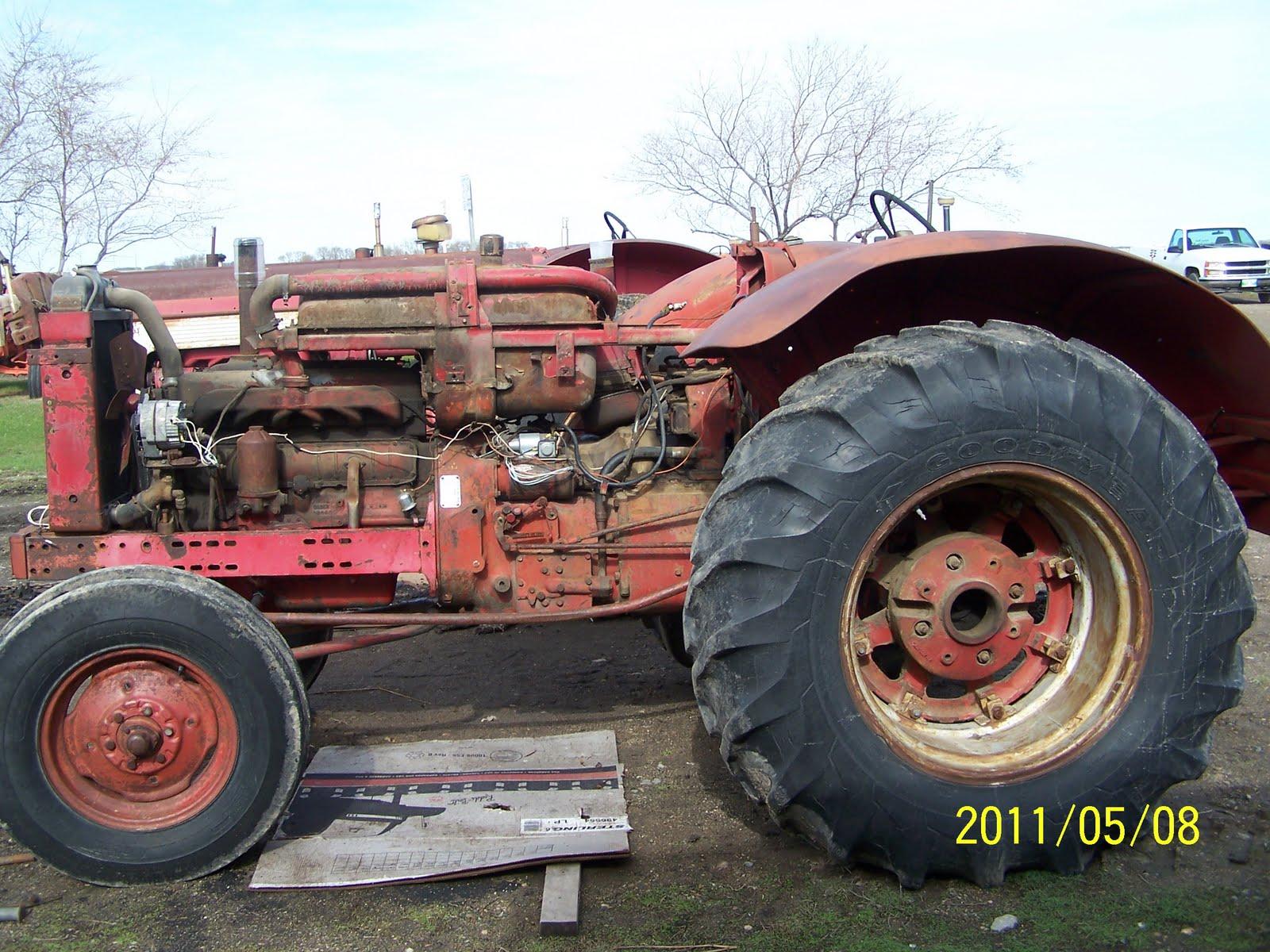 DIFFERENT COLOURED JUNK 560 International Diesel