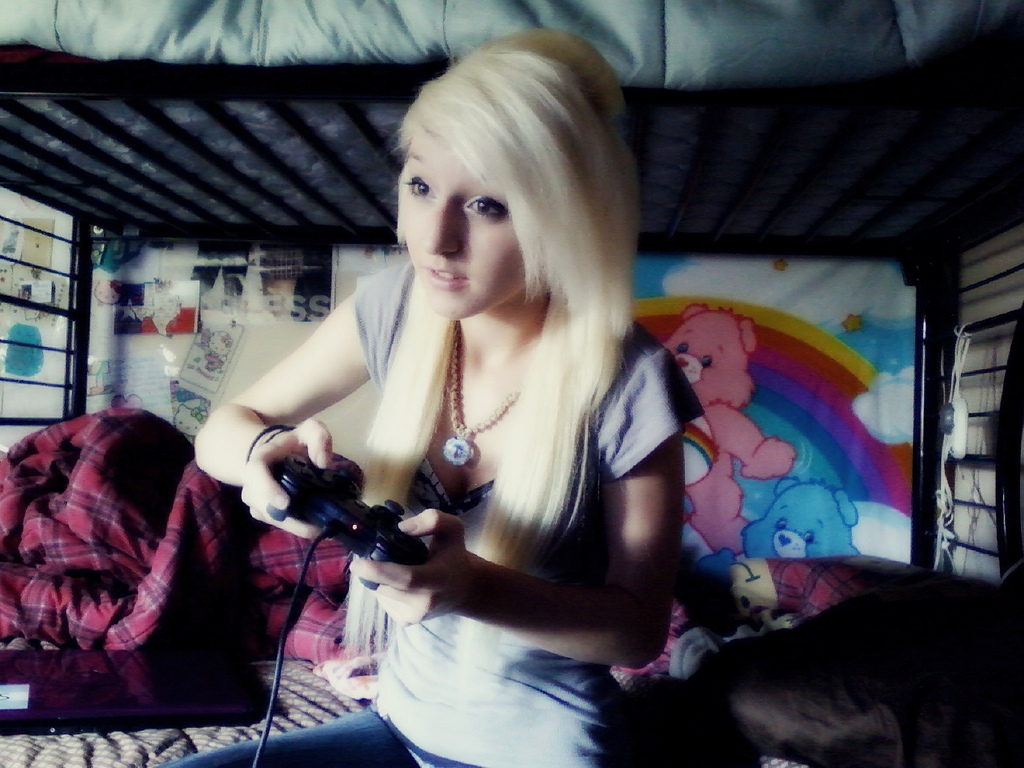 Donde puedo conocer chicas gamer