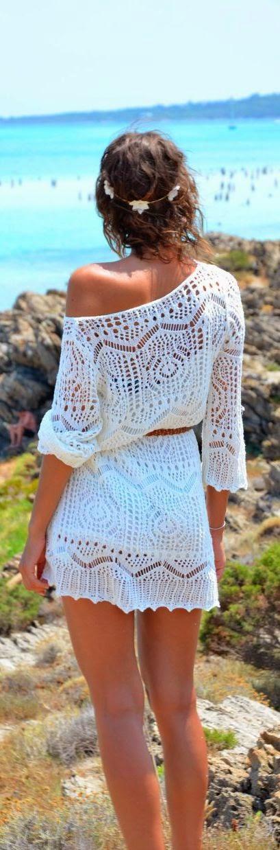 Beautiful Celebrities Wearing Crochet