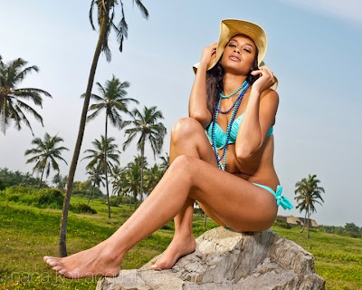 Yayra Erica Nego Swimsuit Photos