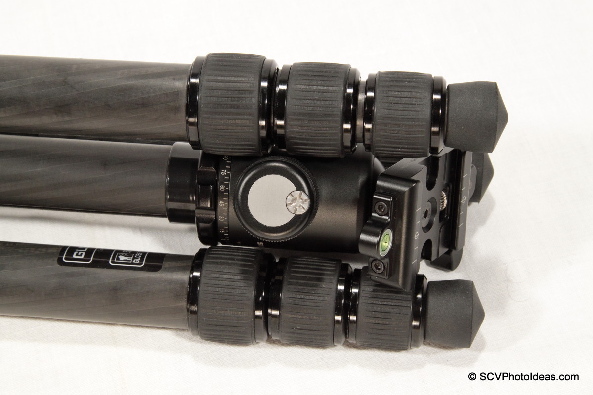 Triopo GT-3228X8C folded w/ Sunwayfoto DB-36TRLR -closeup_I