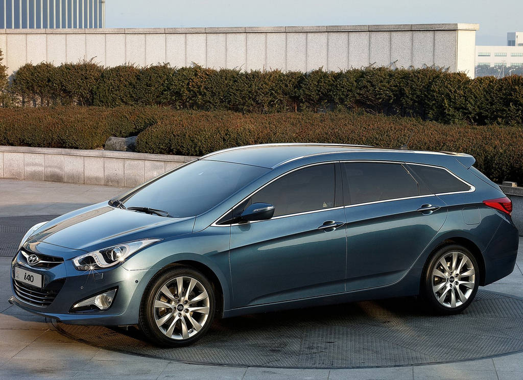 Hyundai i40 Wagon Car Designs, Photos & Wallpapers