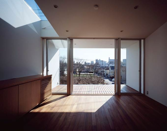 balkoni tingkat atas