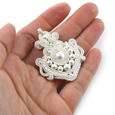 biżuteria ślubna, perły, Swarovski, komplet ślubny, sutasz, soutache, sutaszowa biżuteria, PiLLow Design, Małgorzata Sowa, kolczyki sutasz, biżuteria sutasz do ślubu