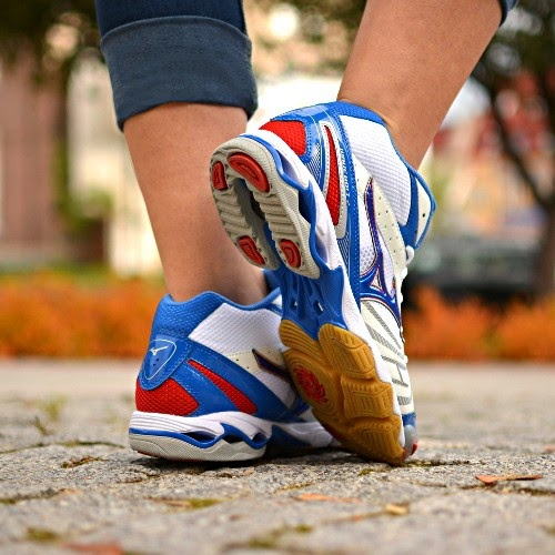 Mizuno Wave Bolt 2 Mid