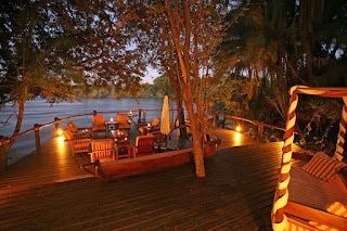 http://www.namibiareservations.com/ntwala_island_lodge.html