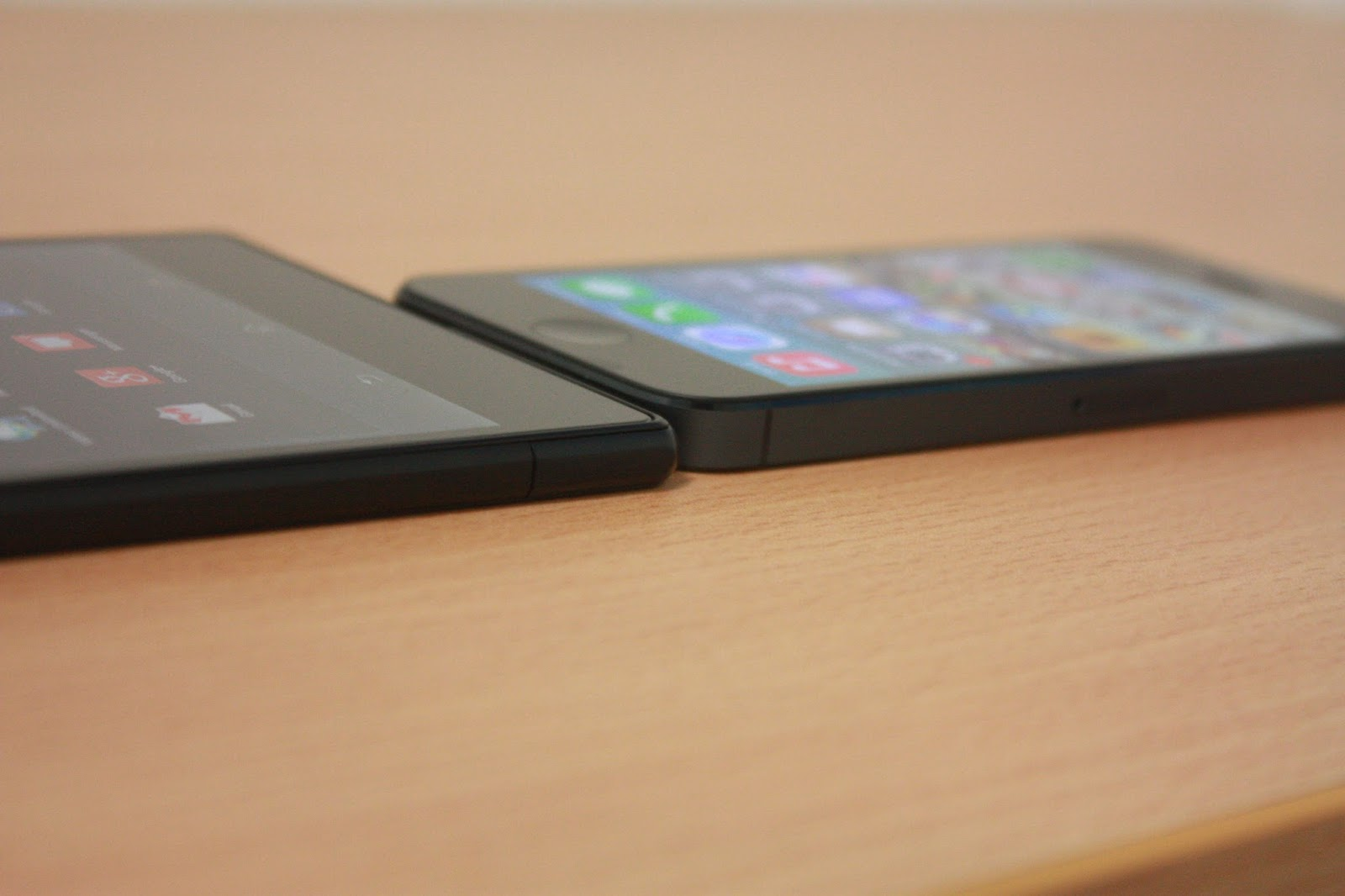 Sony Xperia Z Ultra Review - Part 2 : What makes it so ...