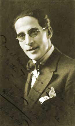 Antonio Palacios Net Worth