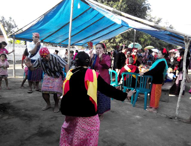 Sasadu yaitu rumah sopan santun Suku Sahu yang Anda sanggup temukan di Kabupaten Rumah Adat Sasadu - Wisata Budaya Halmahera Barat