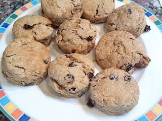 Mommy and Baby food: Irish Soda Bread Biscuits