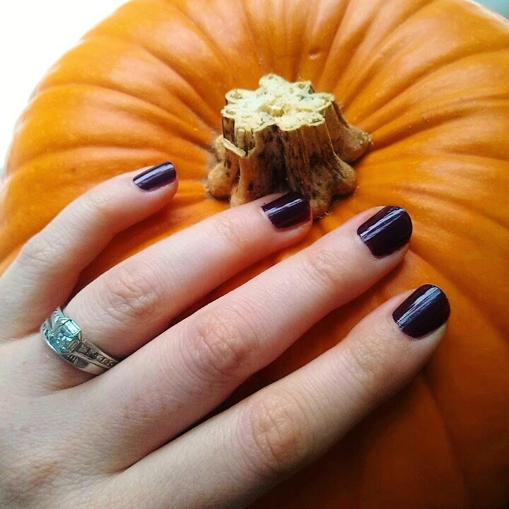 Pumpkin, dark nail polish, nail polish, vamp nails, halloween, october, autumn, fall
