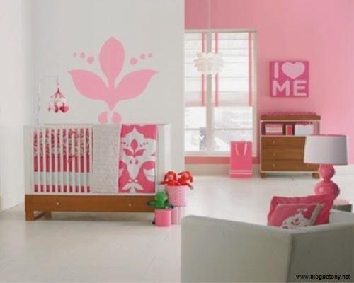 Une décoration pour chambre bébé fille
