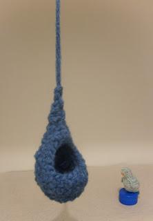 oiseau et nichoir création S.A.M. a dit! laine crochet bleu