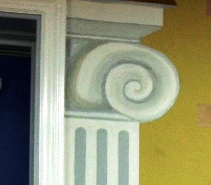 faux column on mural