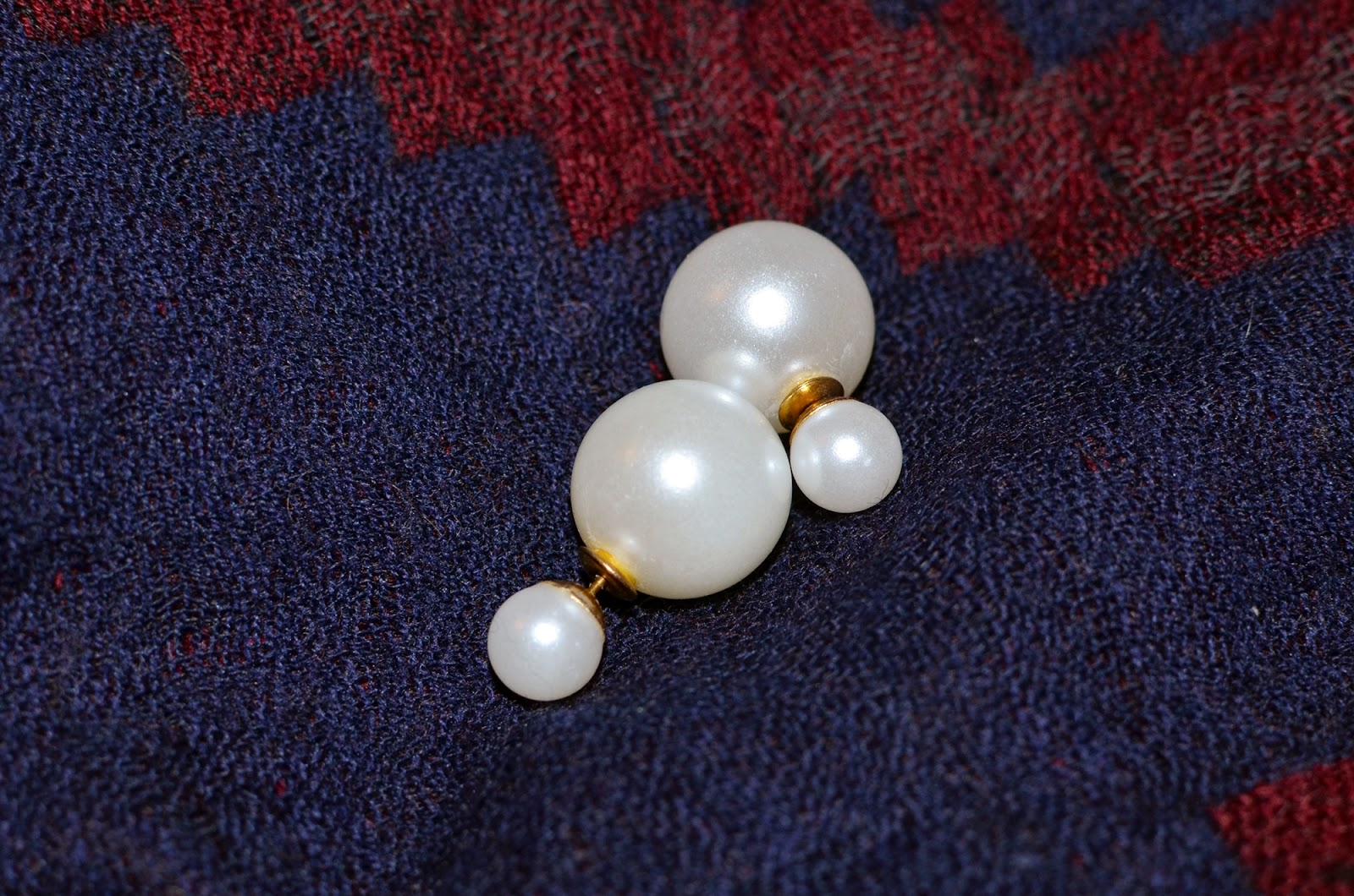 Etsy version of Dior's Mise En Dior Tribal double pearl earrings