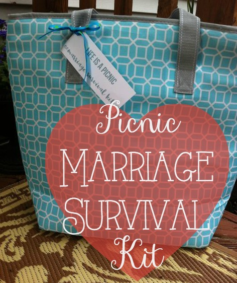 our life in a click: {Get Gifty} Picnic Marriage Survival Kit