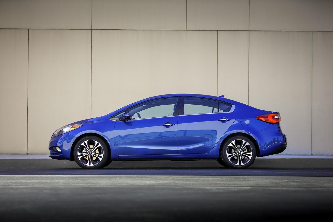 Motoring-Malaysia: New Kia Cerato or Hyundai Elantra?