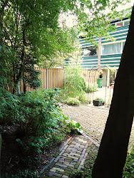 Ons huis met achtertuin