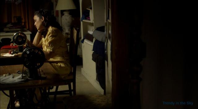 Sira Quiroga vestido camisón amarillo. El tiempo entre costuras. Capítulo 8.