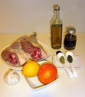 Cordero al horno macerado con naranja y limón.
