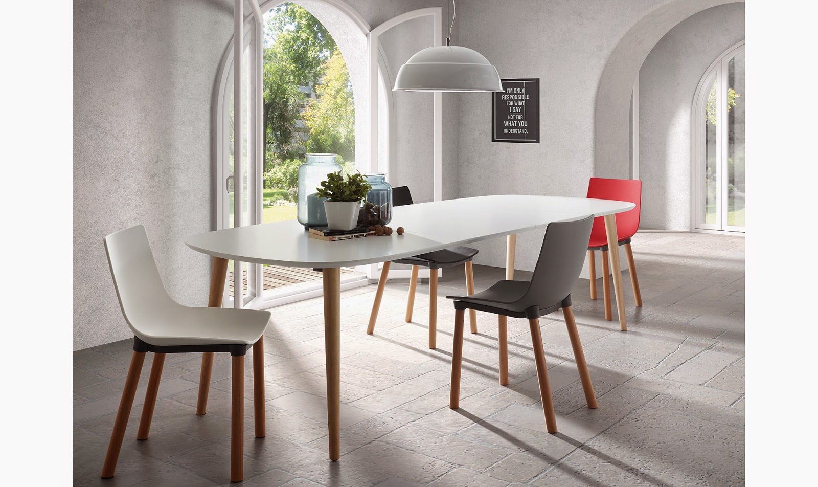 http://www.portobellostreet.es/mueble/40815/Mesa-de-comedor-blanca-Moderna-Oqui