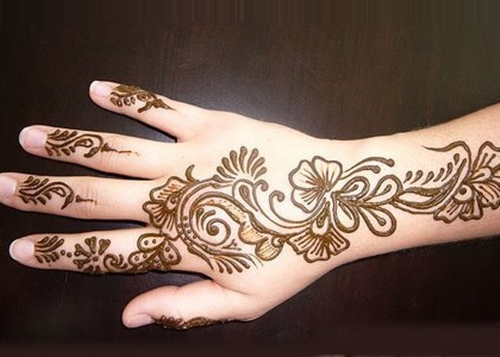 Mehendi Applications and its advantages