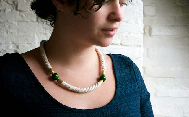 White Rope Necklace by Trincar Uvas